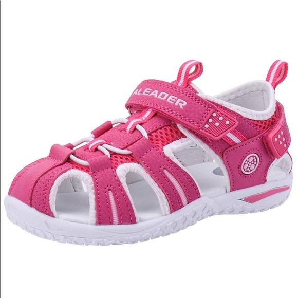 a46b49b52834 NWT Aleader Sport Water Hiking Closed Toe Sandals